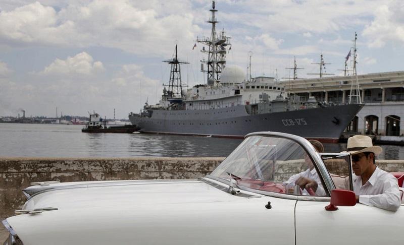 buque_espia_ruso_em_la_habana