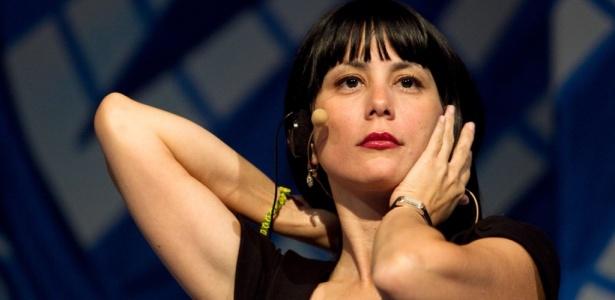 La Elegancia De Posar Desnuda En La Habana