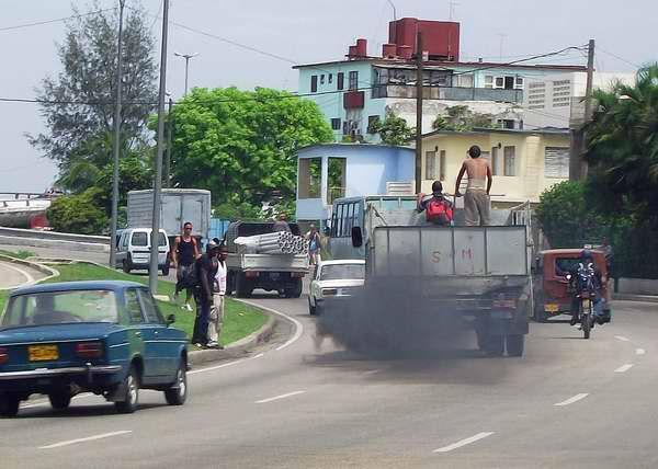 los-automotores-representan-una-fuente-importante-de-contaminacion-del-aire