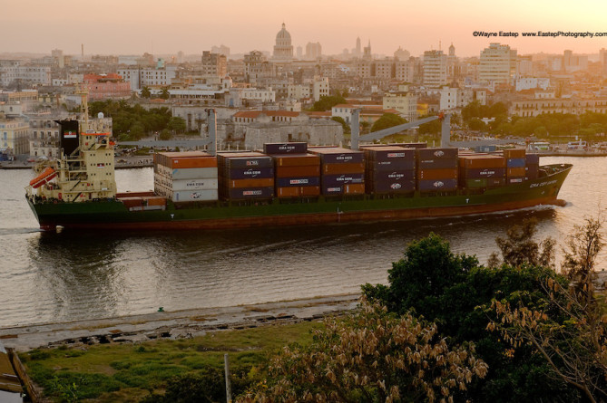 havana-live-Container ship