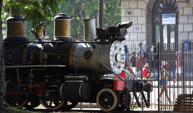 havana-live-ferrocarril1