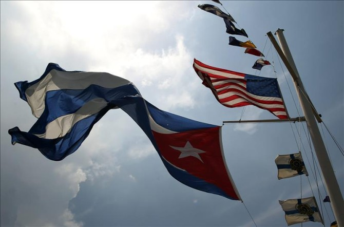 havana-live-cuba-us-flag