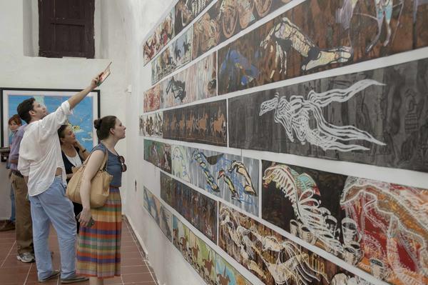 Exposición de obras del artista cubano de la plástica  Ibrahim Miranda, durante la inauguración de Zona Franca, espacio colateral de la XXII Bienal de La Habana, en la  fortaleza San Pedro de la Cabaña, Cuba, el 21 de mayo de 2015. AIN FOTO/Abel ERNESTO