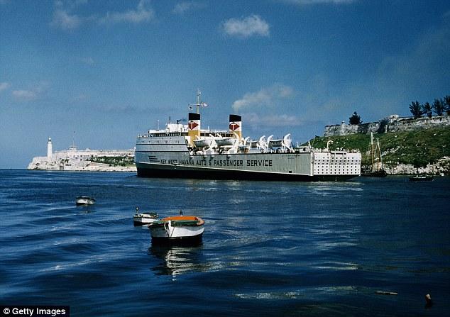 havana-live-ferry