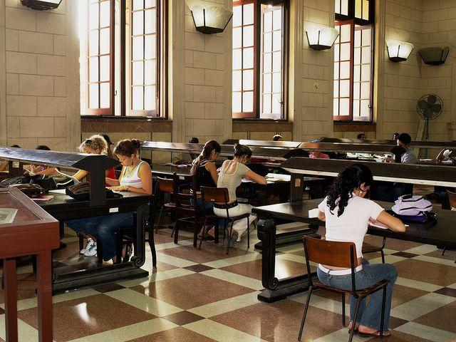 biblioteca-de-la-universidad-de-la-habana