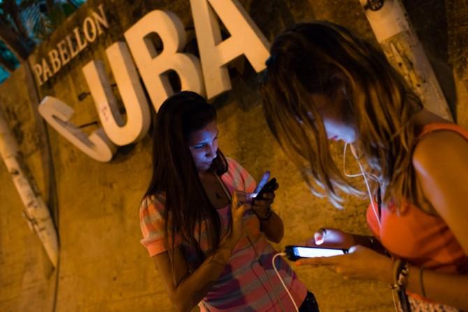 Etecsa habilitará en el mes de julio el servicio de Internet en los celulares