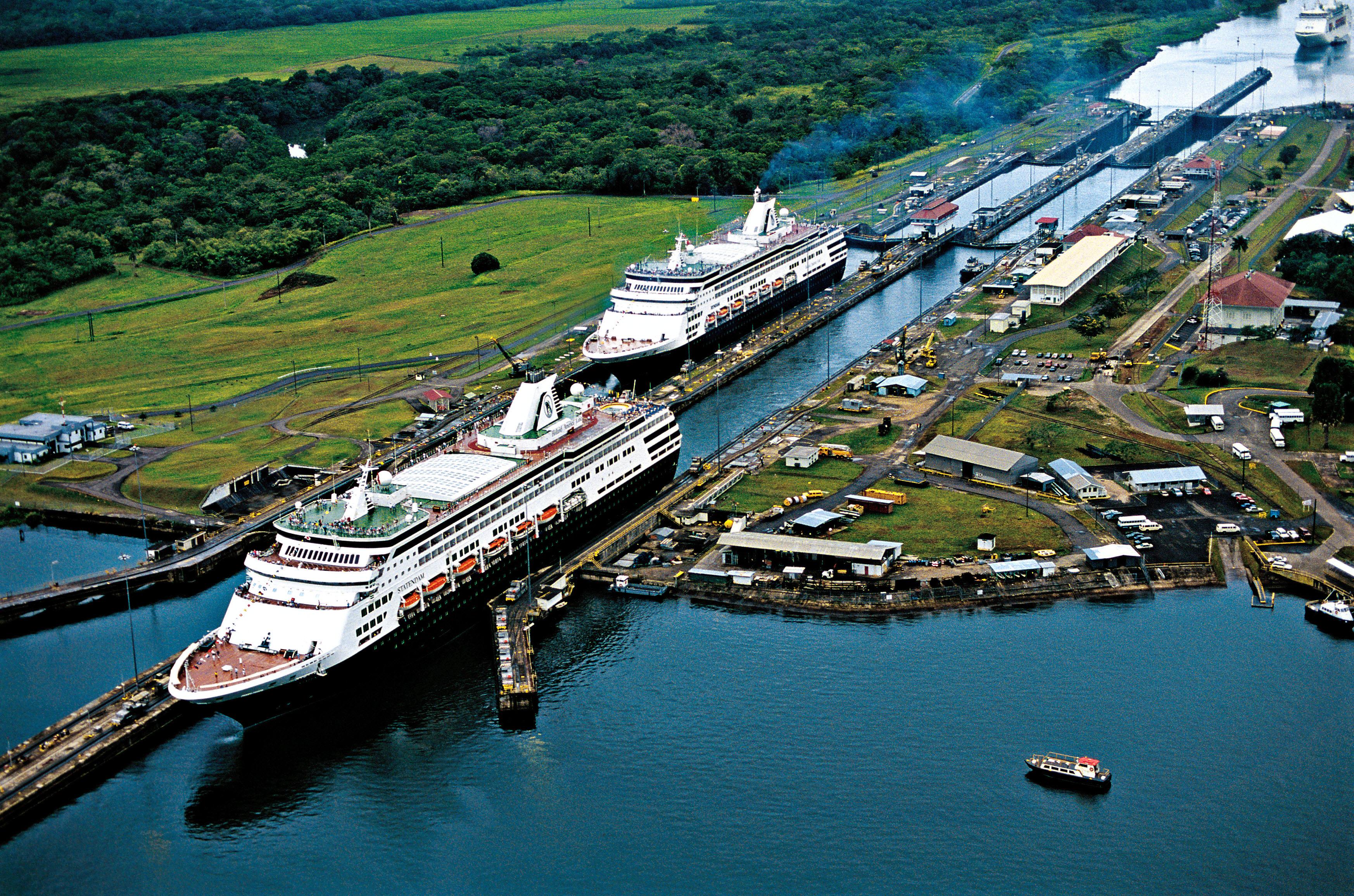 Panama-Canal (1)
