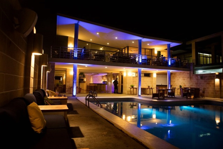 havana-live-vista-al-mar-night 1-900x600