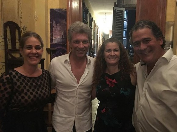 Jon Bon Jovi en La Guarida. Foto: Cuenta en Facebook de La Guarida