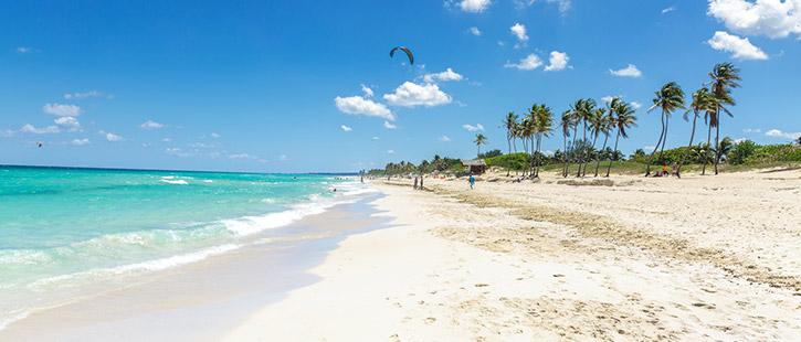 Playa-del-Este-in-La-Habana-Cuba-725x310px