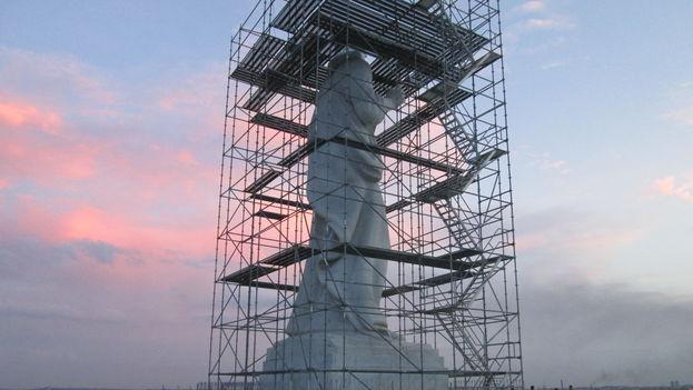 Reparan el Cristo de La Habana