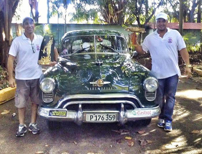 El club Autos Clásicos celebre el XII Rally de la Regularidad