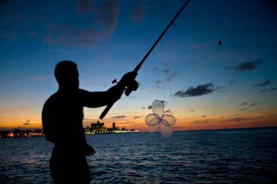 973cuba-condom-fishing