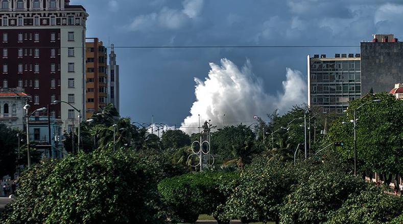 EEUU y Cuba estudian huracanes para mejorar pronósticos