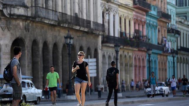 Cuba planea ahorrar 10.000 toneladas de combustible con el cambio de hora