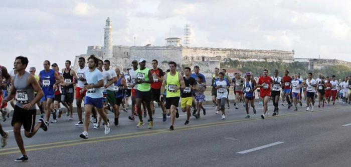 Cambios en la circulación vial por maratón en saludo al 13 de Marzo