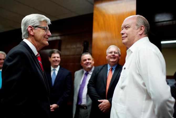 Phil Bryant,Gobernador de Mississippi,Cuba,La Habana, Rodrigo Malmierca,Donald Trump