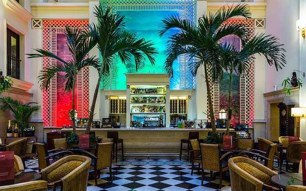 """El Rey de Marruecos """"cierra"""" el Hotel Saratoga en La Habana"""