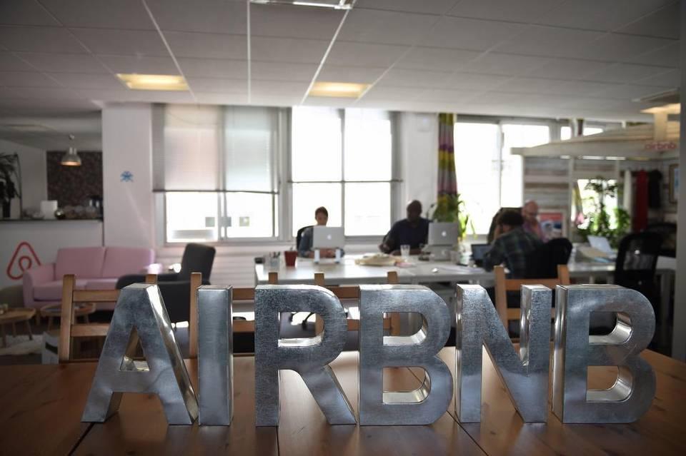 'Airbnb me debe $2,000', dice arrendadora cubana