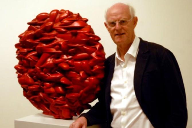 Escultor británico Tony Cragg inaugura unipersonal en La Habana