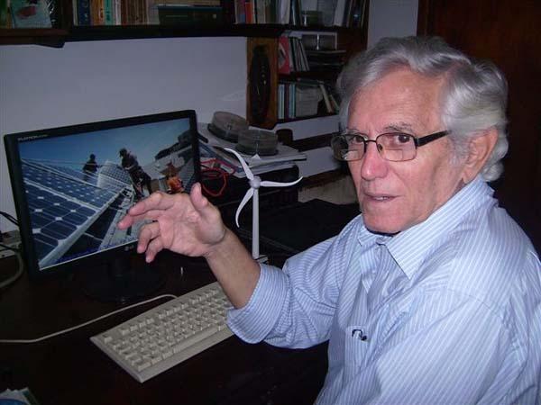 El profesor Daniel Stolik Universidad de La Habana