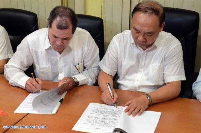 China y Cuba cooperan en la industria tabacalera