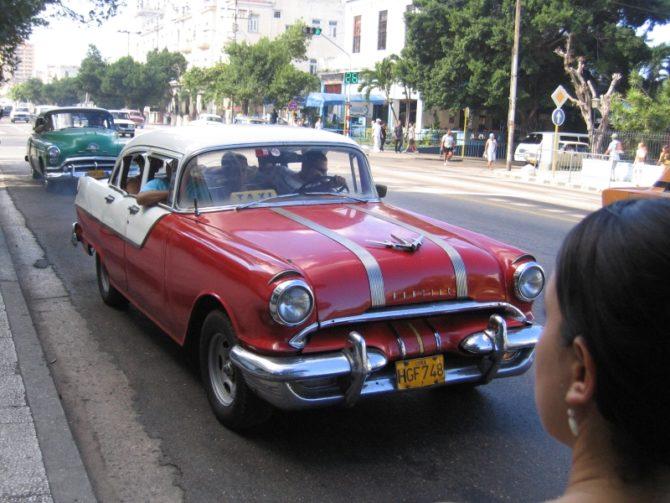 Arrestan a 'botero' en La Habana por presunto acto de discriminación racial