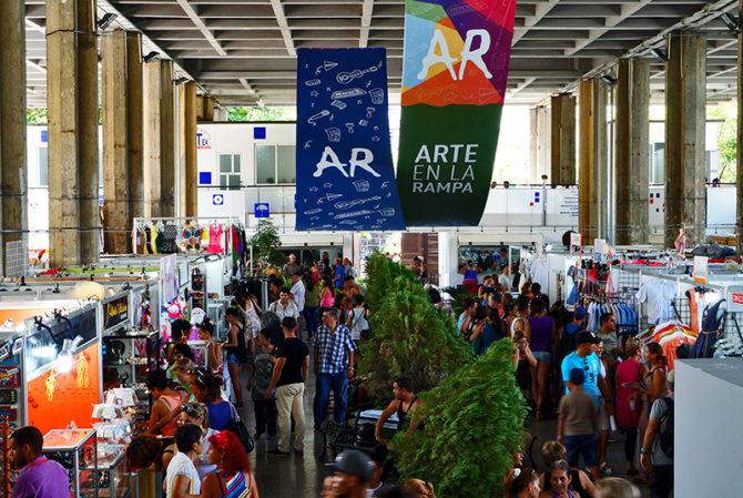 En La Habana feria de la cultura cubana Arte en La Rampa