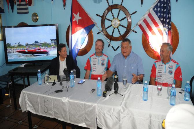 El mar universo de amor entre los pueblos de Cuba y Estados Unidos