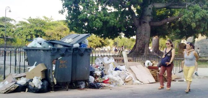 Habaneros opinan sobre los problemas con la basura en La Habana