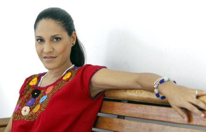 Haydée Milanés asume el peso del apellido y le da más 'Amor' a su padre Pablo