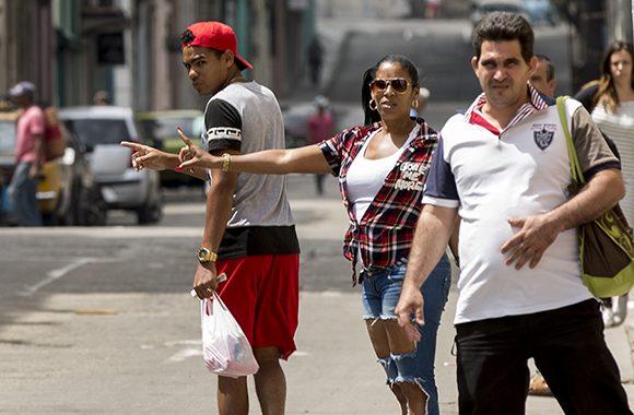 Nuevos detalles de la reorganización del transporte privado en La Habana