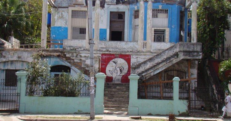 Contratistas privados en Cuba valoran trabajar al margen de la ley