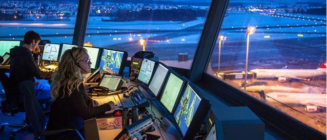 Llamada para curso de controlador de tránsito aéreo