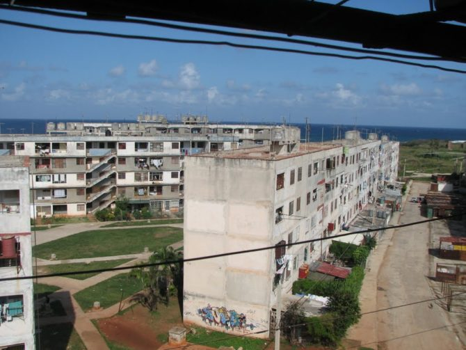 'Alamar, te amo': 22 relatos eróticos de quince escritoras cubanas