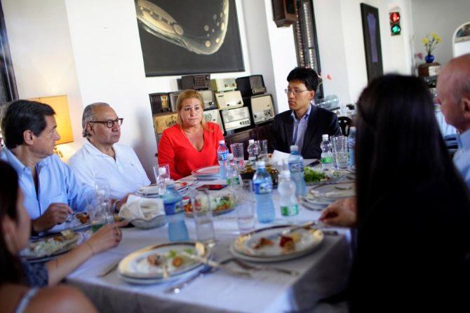 Empresarias cubanas buscan reunirse con Rubio