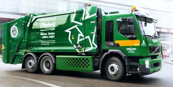 La Habana recibirá camiones japoneses para recoger basura