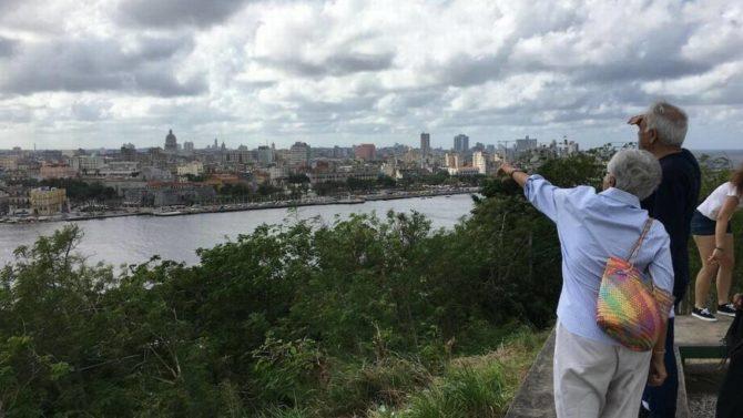 Cae el turismo nacional en Cuba por los altos precios y la llegada masiva de extranjeros