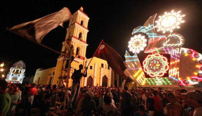 22 herido en la explosión de fuegos artificiales en el festival cubano en Nochebuena