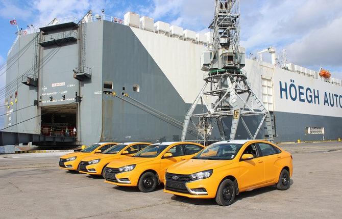 Cuba recibe primera dotación de 344 autos modernos Lada de Rusia
