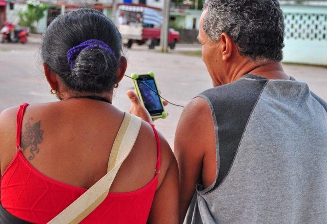 ETECSA cambia tarifas para llamadas nacionales de telefonía móvil