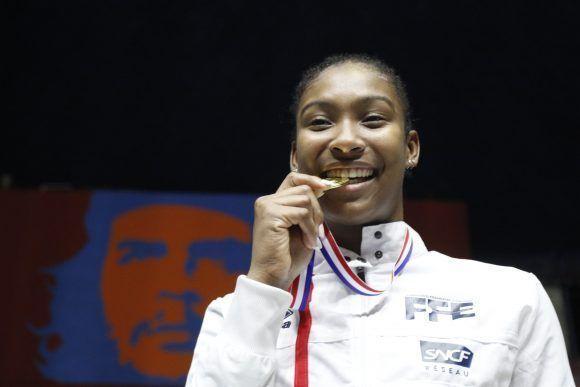 La francesa Coraline Vitales gana el oro en la Copa Mundial de Espada en La Habana