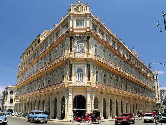 Cumple 109 años el Hotel Plaza de La Habana