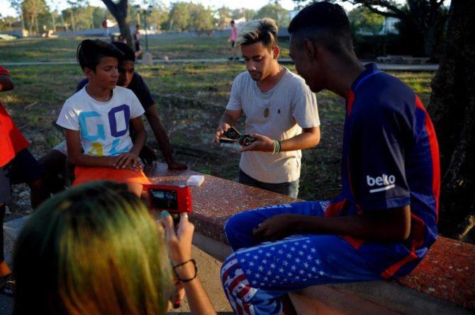'Youtubers' cubanos, con poca internet pero con mucho para contar