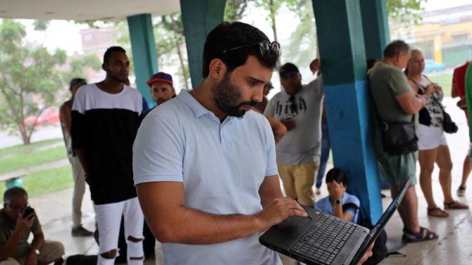 Premian trabajo de periodista cubano que muestra los problemas ambientales en la isla