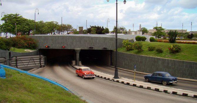 Cierre parcial del túnel de la Bahía de La Habana por reparaciones en el drenaje