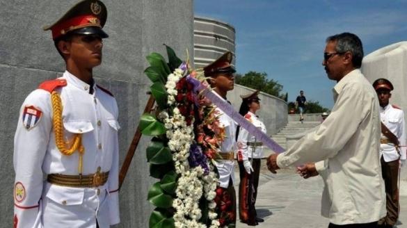 POLISARIOS EN EL AVION CUBANO, QUE HABÍA SE ESTRELLÓ CERCA DE LA HABANA