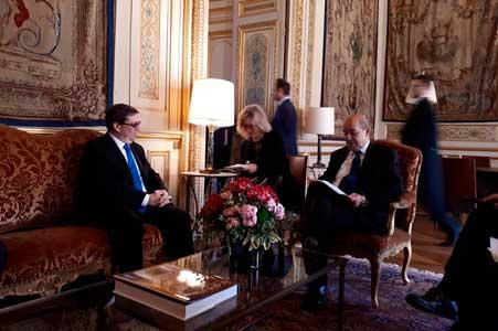 Francia y Cuba se están llevando bien, según ambos cancilleres