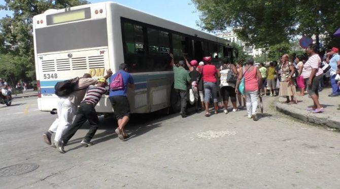 Transporte público en La Habana: Reordenamiento dos años después