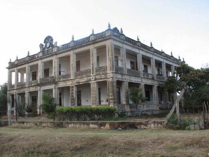 Adiós definitivo al emblemático Palacio Goytisolo de Cienfuegos